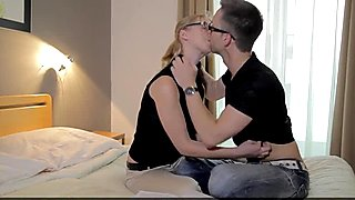 Casual Teen Sex - Pick up trick with cute coed