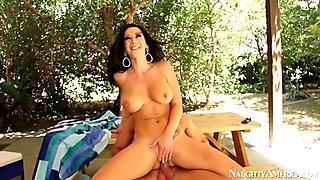 Jayden Jaymes & Bill Bailey in My Dad Shot Girlfriend