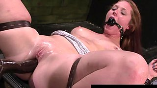 FetishNetwork Autumn Kline loves bondage