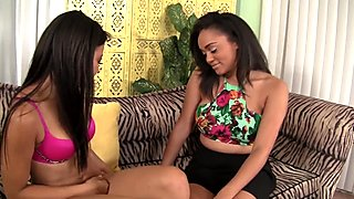 2 Delicious Ebony Lesbians Eat Each Others' Pussies!
