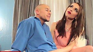 Kinky natural tgirl blows boyfriends cock