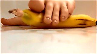 Barefeet banana crush