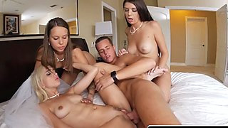 The groom's man squirted his load on naughty bridesmaids