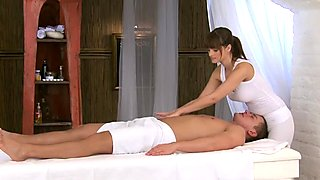 Brunette Rita does a professional massage to horny Jay