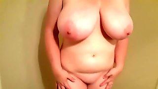 Lateshay 36 HH natural tits and heels