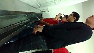 Flagra - Banheirao 3 (Men Pissing)