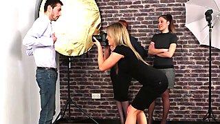 Male model gets handjob
