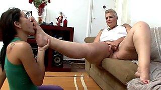 Horny babe eats  milf's fat feet and licks them