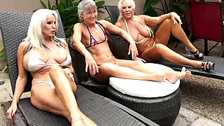 Black monster dick shatteres two luscious grannies